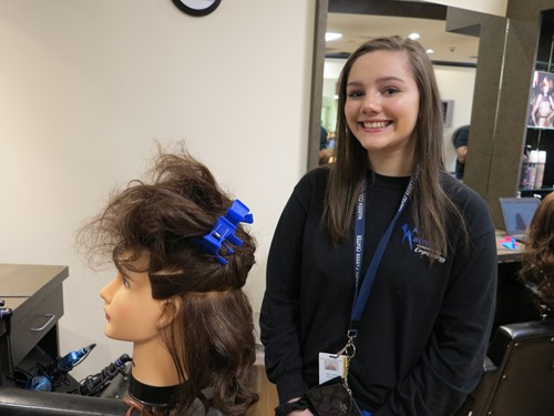 Cosmetology Junior Takes 2nd in Rotary Speech Contest