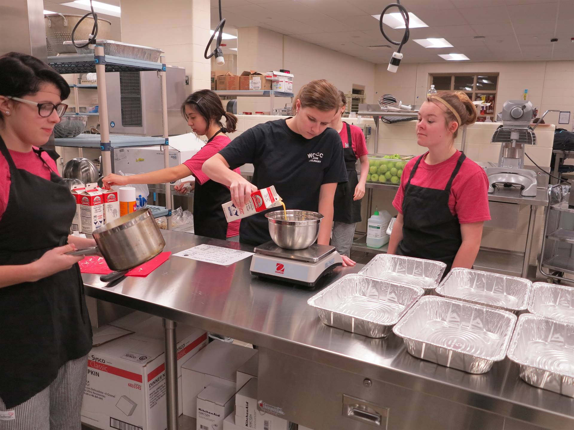 Culinary students preparing the food for the breakfast