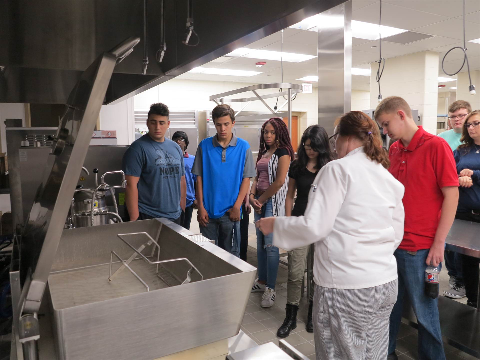 High School students in Culinary program in their new lab
